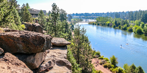 Looking down on the Deschutes River from cliffs above the river.