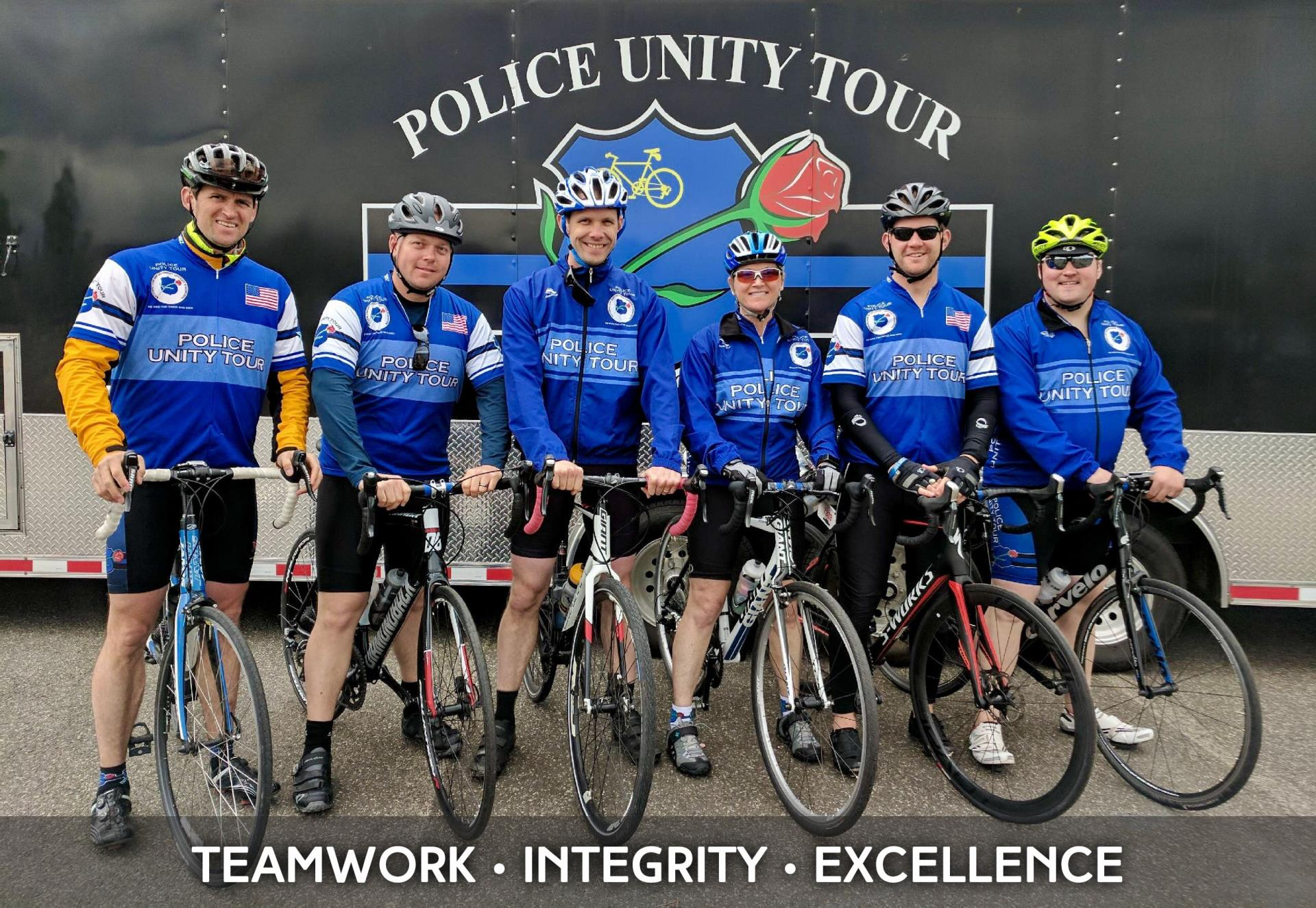 people on bicycles for Police Unity Tour